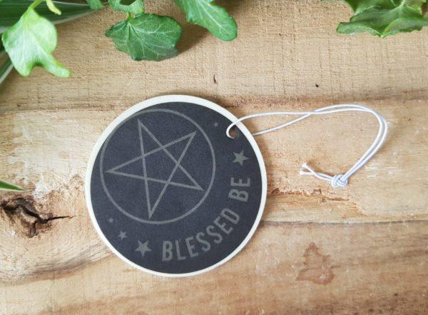 Geurhanger Blessed be